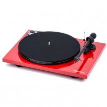 Pro-Ject Essential III Phono with Built in Switchable Phono Stage in Red front