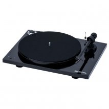 Pro-Ject Essential III RecordMaster Turntable with USB Phono Stage in Black front