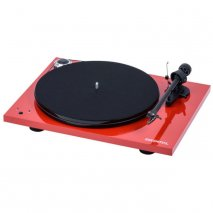 Pro-Ject Essential III RecordMaster Turntable with USB Phono Stage in Red front