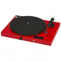 Pro-Ject Juke Box E Premium All-in-One Turntable in Red