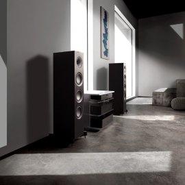 KEF Q550 Floorstanding Speaker in Satin Black